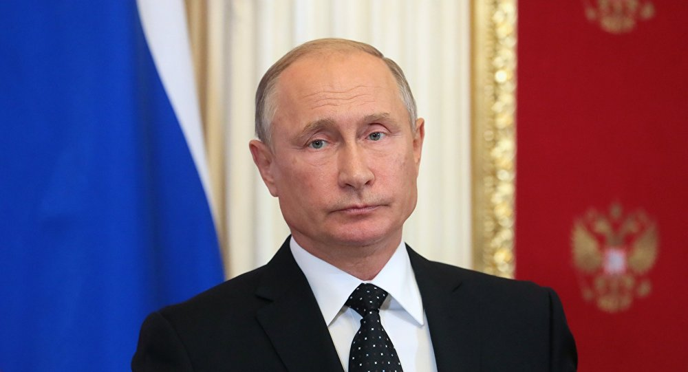 """Кремљ: Владимир Путин потписао указ """"о мерама за заштиту руске националне безбедности"""" и привремено забранио авионски саобраћај између Русије и Грузије"""