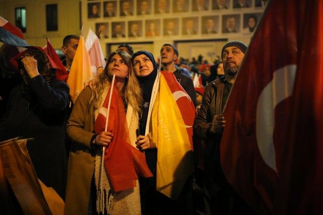 Ердоган изгубио власт у четири од пет највећих градова Турске 2