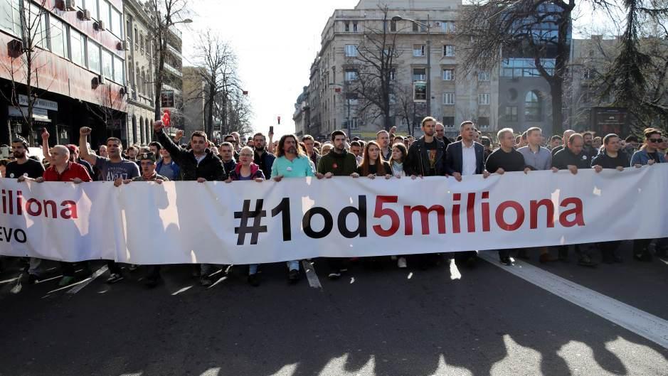 """Београд: У току протест """"Један од пет милиона"""" и шетња до РТС 2"""