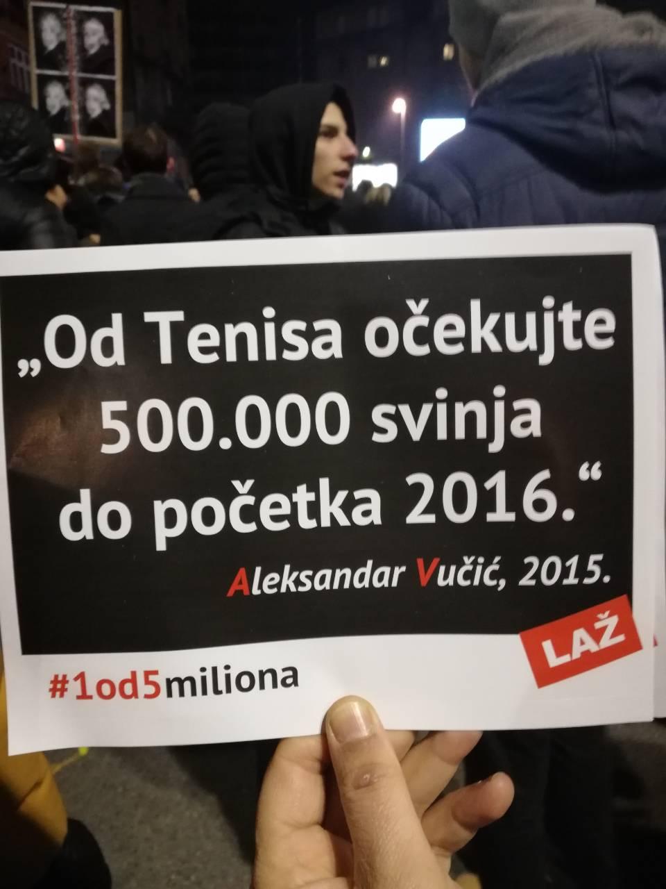 Više desetina hiljada demonstranata na ulicama Beograda: Terazijski tunel prozvan 'tunelom laži Aleksandra Vučića'