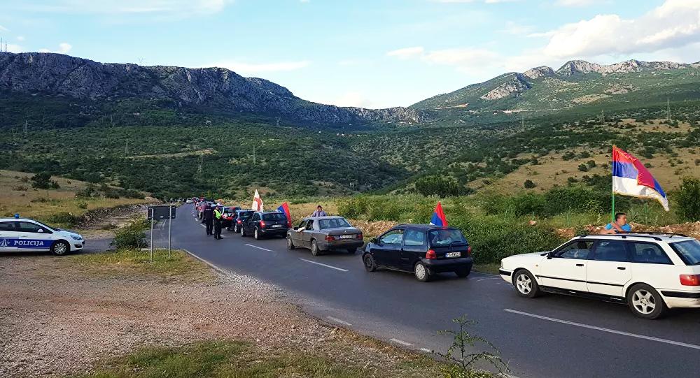Црна Гора: Ауто-литије широм земље, у Колашину полиција блокирала пут