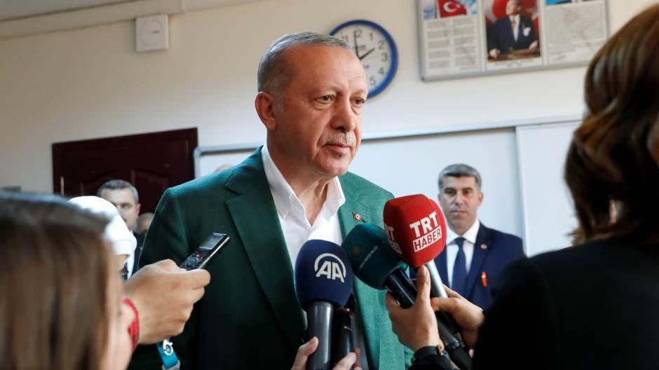 Ердоган изгубио власт у четири од пет највећих градова Турске 3