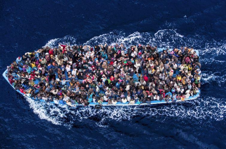 """""""Јужни ток"""" избеглица и имиграната"""