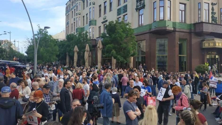 """Двадесет пети протест """"1 од 5 милиона"""" у Београду (фото, видео) 6"""