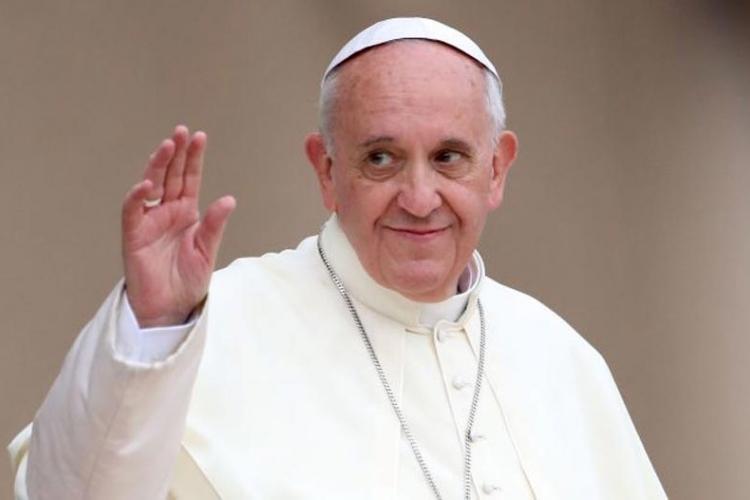 Папа Фрања добио позив Александра Вучића да дође у прву званичну посету Србији