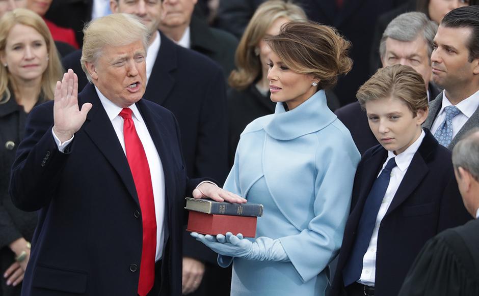 Завршена инагурациона церемонија, Доналд Трамп положио заклетву и званично постао 45. председник САД