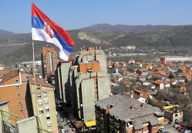 Двојица Срба повређена у северном делу Косовске Митровице када је на њих насрнула група Албанаца