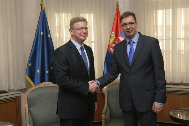 Вучић издао Косово и Србе низашта – Србија није ни почела преговоре о придруживању ЕУ! 5