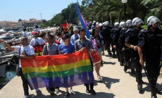 Gay oglasi crna gora