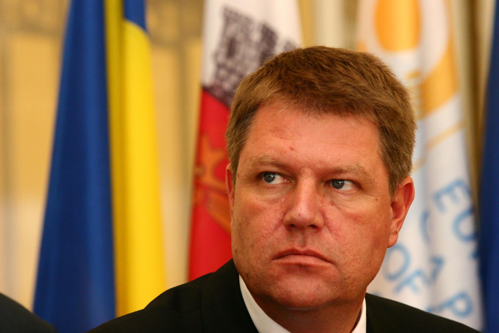 ПРОТЕСТИ У РУМУНИЈИ: Председник Јоханис на страни народа (видео)
