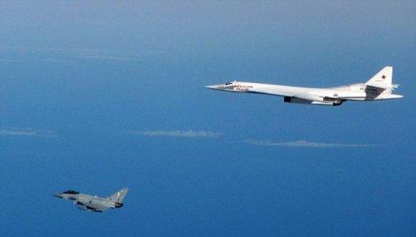Авиони британског ратног ваздухопловства пресрели руске бомбардере